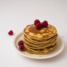 Pankūkas – biezas pankūkas pienā (american pancakes)