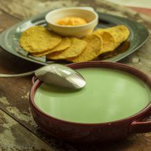 Zupa no zaļajiem zirnīšiem