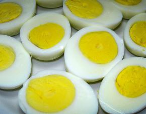 Как сварить яйцо вкрутую, чтобы не треснула скорлупа